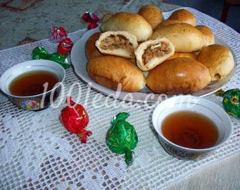 Пирожки с тушеной квашенной капустой