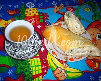 Рулет с рисом, яйцом и зеленым луком